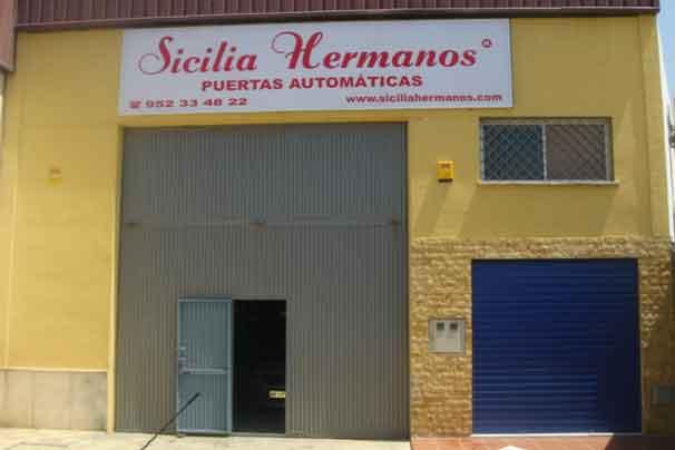 Sicilia Hermanos pioneros en la venta e instalacion de puertas automáticas en Marbella